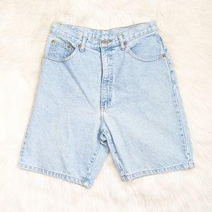Vintage 90s High Rise Light Wash Mom Jean Shorts
